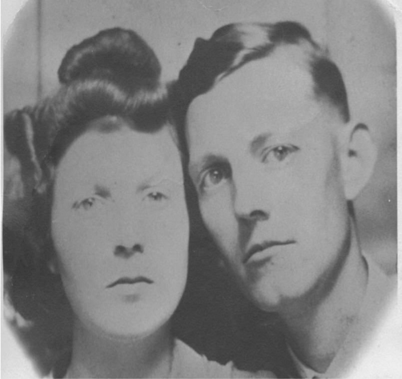 Bessie L. (Spurlock) & Ambrose Burns, circa 1940